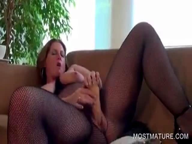 Lisa ann pink porno