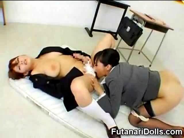 Asian Hermaphrodite Porn