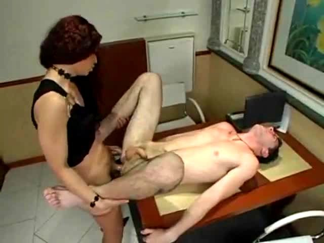 Double penertration anal sex tranny