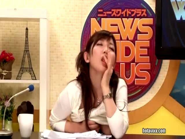 OLD japanese bukkake reporter Jenna's