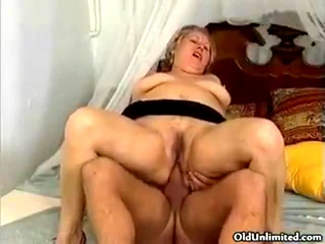 Old lady got fucked