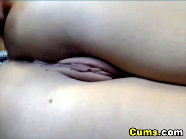College bonde pumps her like a cock 8