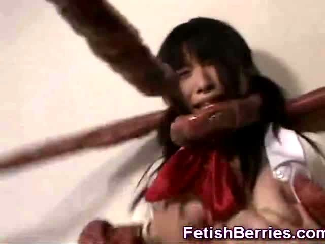 Tentacles Jizz On Asian Schoolgirl Porn Video-3599