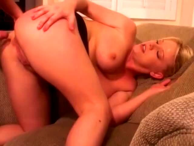Hardcore anal with Missy Monroe - XVIDEOSCOM