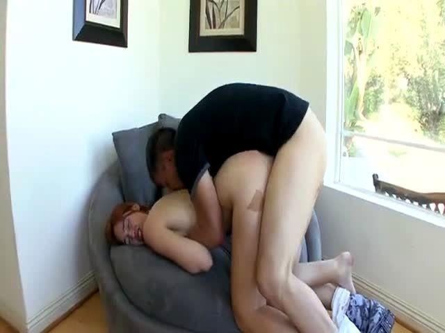 Zoey Holloway Ass Licking