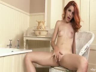 Redhead babe Amarna Miller fingering