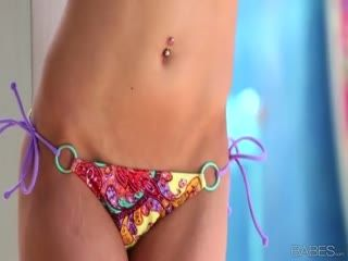 Bikini Babe Alyssa Branch Gets Naked