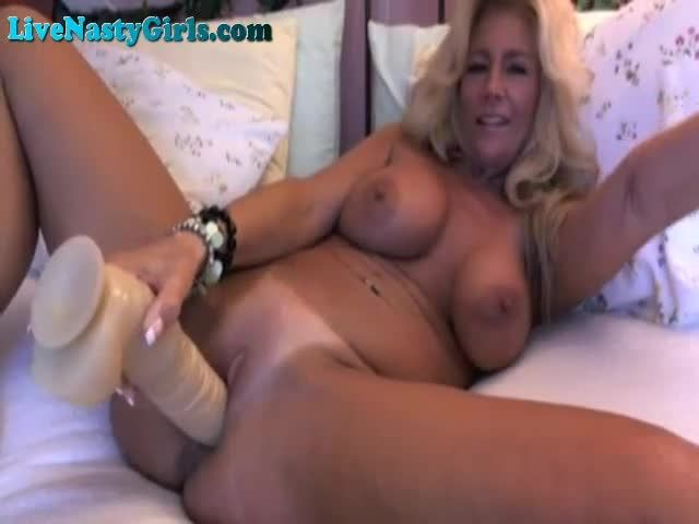 Mature Blonde Mom Makes A Coin On Webcam, Porn 07 Xhamster -6080
