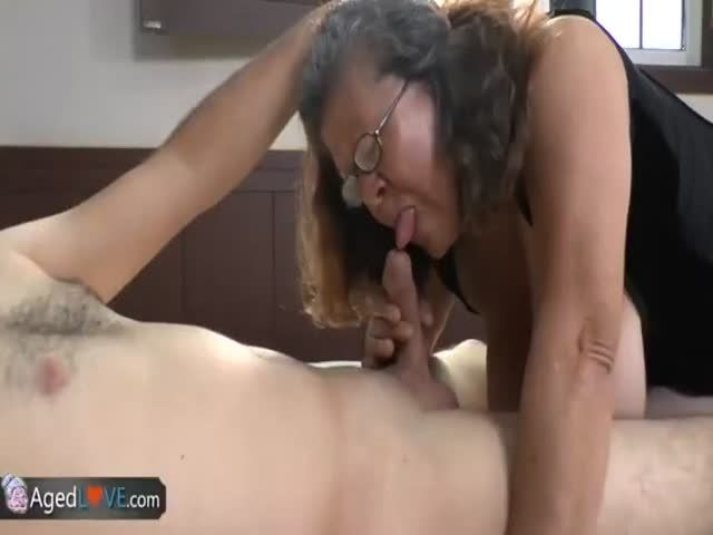 Agedlove Young Guy Gets