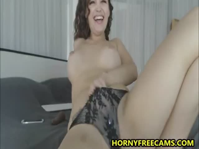 Busty brunette beauty demonstrates pro dildo sucking