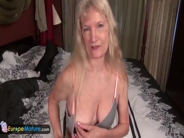 Europemature busty blonde alisha solo play 7