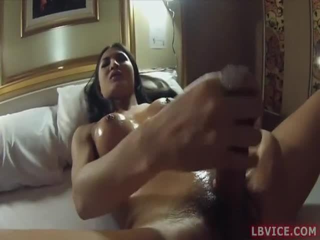 Erotic naked girls pics