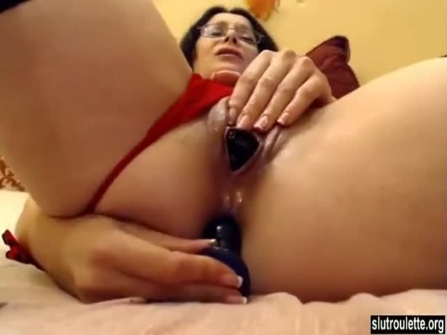 Son cums inside mom clip