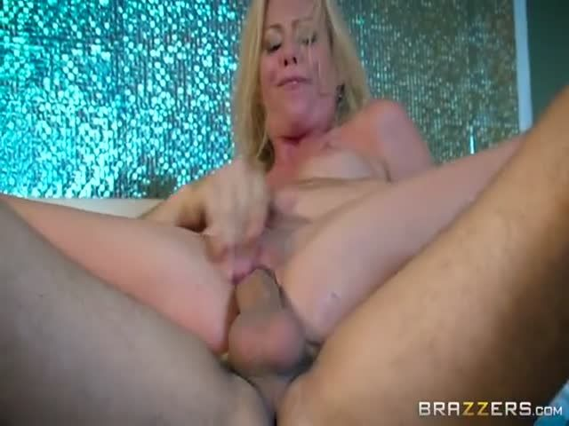 Young brunette moms getting fucked