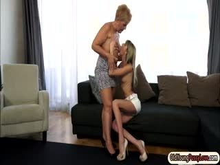 Petite Doris Ivy Gets Licked By A Granny