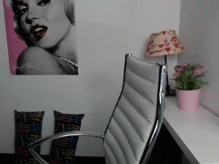 teen hailee19 fucking on live webcam   webcam girl hailee19