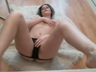 Babe Callmehannah Flashing Boobs On Live Webcam   Webcam Girl Callmehannah