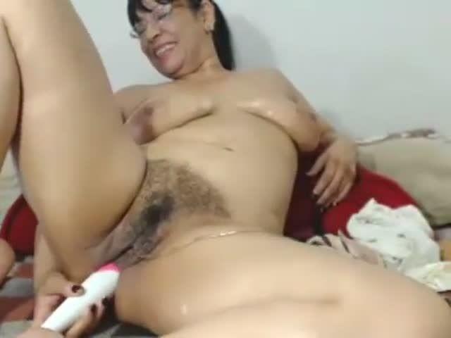 Latinaxxmilf