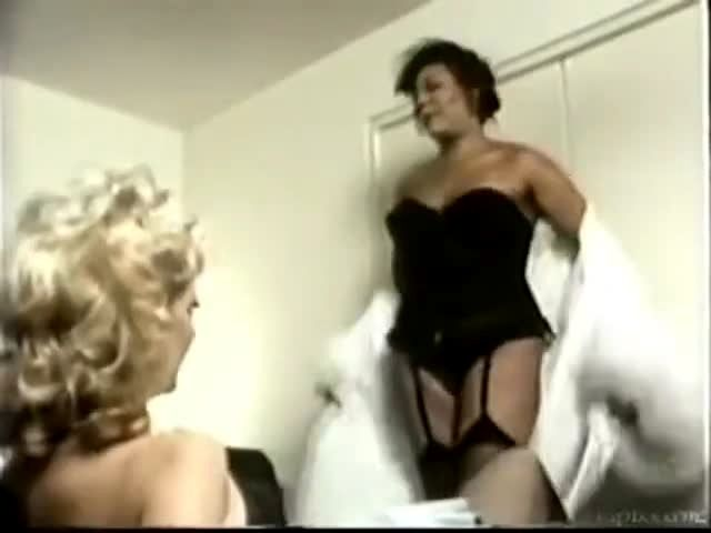 Vintage Ts Devine And Her Maid Porn Video-8859