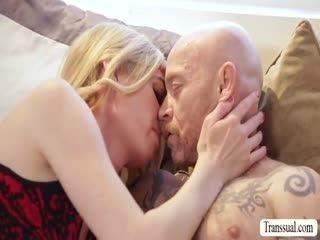 Beautiful Hot TS Mandy Mitchell Tries To Fuck Bucks Pussy