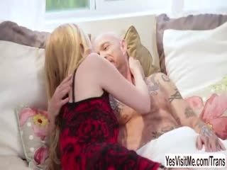 TS Beauty Mandy Mitchell Makes Out With Buck Angel And Eats His Pussy