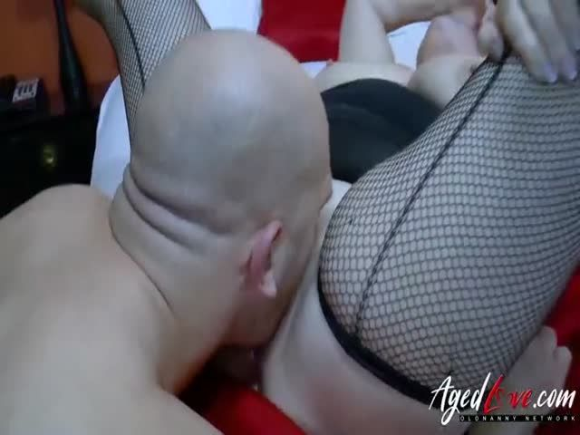 Agedlove handy guy seduced by busty mature lady 2