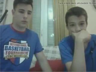 Friends Blowjob Cam- Watch Part2 On GayBoysCam.com