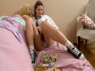 Klara A Curvy Gets A Big - Teen Solo Masturbation Orgasm Fingering