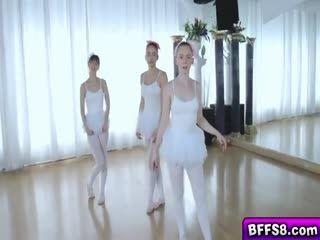 2 Ballerina