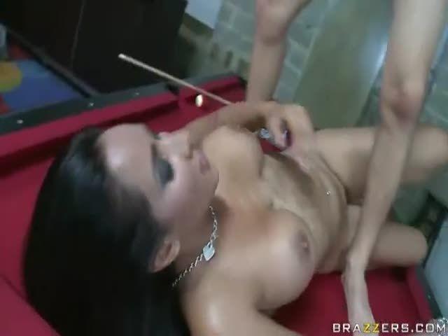 Lesbian using didlos