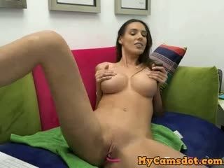 Tall Busty Babe Dances On Camera