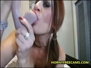 Squirting MILF Latina Is Up For Extreme DP