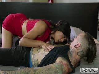 Slut Ts Chick Venus Gives Dudes Cock A Sloppy Blowjob
