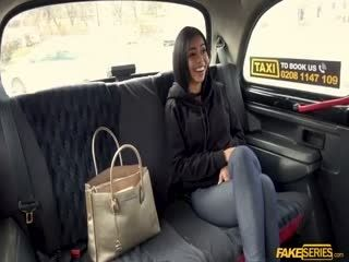 Latina Canela Skin Gives An Expert Blowjob In The Taxi