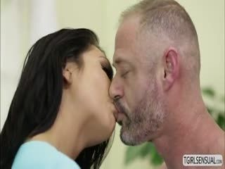 Hot Ts Chick Chanel Santini Gives Dude A Hot Anal Fuck