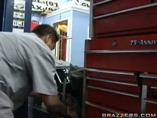 Angelina Valentine-Car Shop Cum Shop