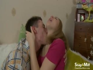 Guy With A Big Veiny Cock Is Boning A Nice Looking Brunette