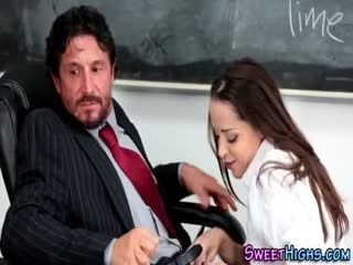 College Ho Gives Blowjob