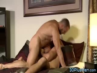 Muscled Hunk Gets Fucked