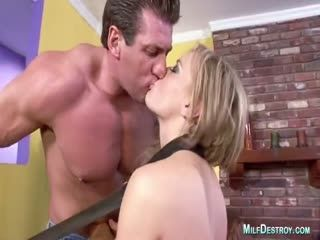 Blonde Lady Lets Her Fucker Shove His Throbbing Dick In Her Butthole