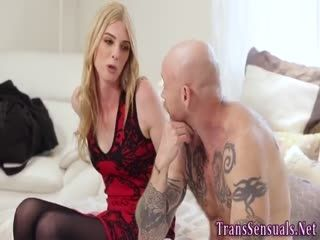 Blonde Ts Gets A Blowjob