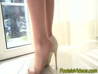 Babes Feet Jizzed Over