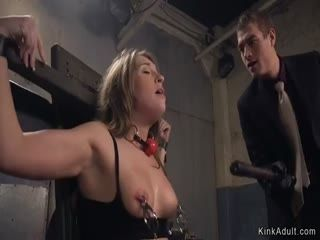 Master Anal Bangs And Zappers Brunette