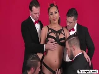 TBabe Chanel Gets Fuck By Those 5 Cocks
