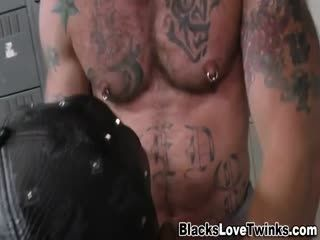 Black Hunk Jizzes Bear