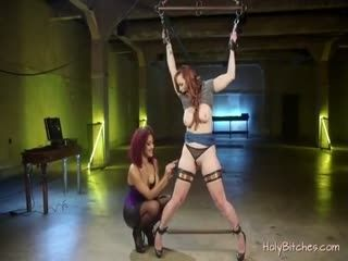 Horny Lesbians Enjoy Hardcore Sex In Bondage