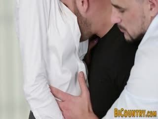 Bisexual Dude Butt Fucked And Cock Sucked