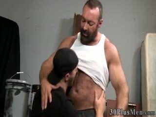 Chubby Hairy Bear Cums