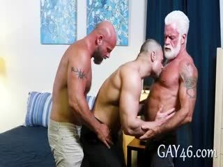 Three Muscle Daddy Bears Enjoy Threesome In One's Bedroom