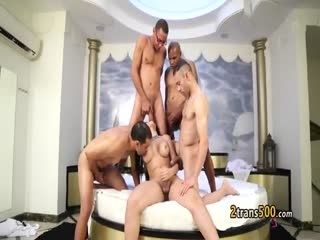 Tgirl Beauty Enjoyed Gangbang
